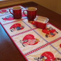 Valentine's Day Table Runner, Quilted Table Runner