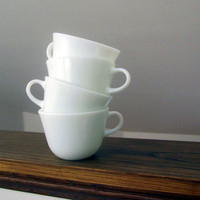 Vintage Classic Milk Glass Pyrex Tea Cups Set Of (4)