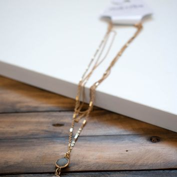 Three Stone Pendant Necklace, Clear