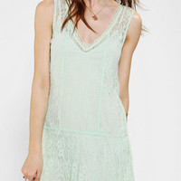 Urban Outfitters - Staring At Stars Lace Drop-Waist Dress
