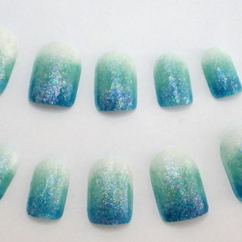 Ombre Nail Art Blue