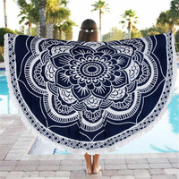 Tapestry | Black & White Lotus