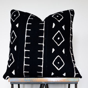"Authentic Black African Mud Cloth Pillow w/ White Tribal Pattern // Decorative Throw Pillow (18"", 22"", 24"", lumbar)"