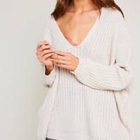 eight letters v neck oversized knit sweater in twig