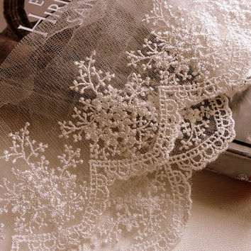 Ivory Embroidery Tulle Lace Trim for Jewlery Supplies, Bridal Supplies,1 yard romantic embroidery lace