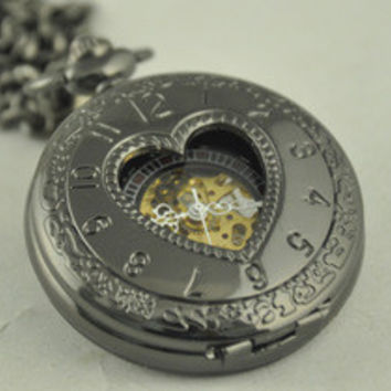 Heart-shaped Skeleton Pocket Watch With Arabic Numerals surface Mechanical Steampunk Skeleton Watch Gift for Anniversary Wedding