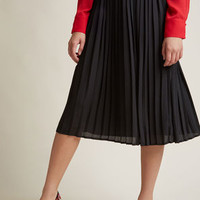Pleated Chiffon Midi Skirt in Black
