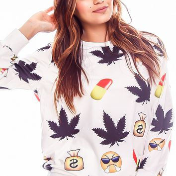 WHITE LONG SLEEVE PULL OVER EMOJI CAUSAL SWEATER