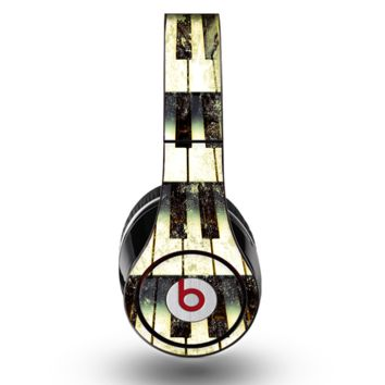 The Vintage Pianos Keys Skin for the Original Beats by Dre Studio Headphones