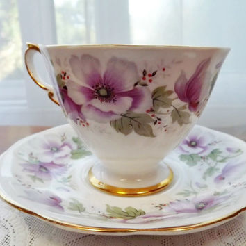 Vintage Royal Standard Violetta English Bone China Teacup and Saucer - Backstamp from 1949+