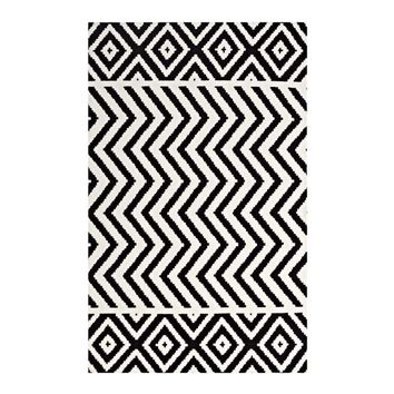 Ailani Geometric Chevron / Diamond 5x8 Area Rug, Black and White -Modway