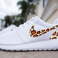 Womens Custom Nike Roshe Run sneakers, cheetah print, animal print design, trendy fashion design, cute womens shoes
