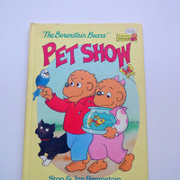 Vintage Berenstain Bears Hardback Children's Book 1993