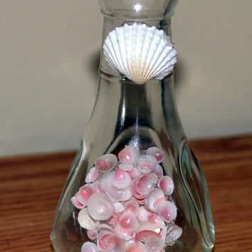 Small Glass Vase Decorated With Seashells, Beach Theme Decor, Mini Vase for Decoration