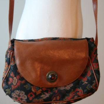 50 off SALE Vintage southwest leather crossbody bag by vtgvintage