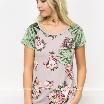 Velvet Floral Pocket Top | Green