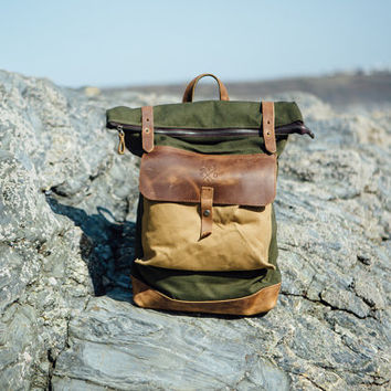 Waxed Canvas Backpack /  Rolltop with brown leather /  Waxed Canvas Rucksack / Laptop Bag / Vintage Backpack