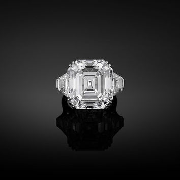 Asscher-Cut Golconda Diamond Ring 22.11 Carats