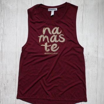 NAMASTE SLEEVELES GRAPHIC MUSCLE TEE