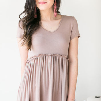 Queen Of Hearts Ruffle Bottom Top- Taupe