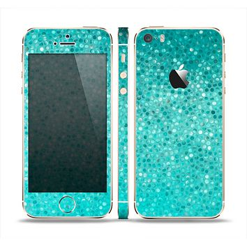 The Turquoise Mosaic Tiled Skin Set for the Apple iPhone 5s