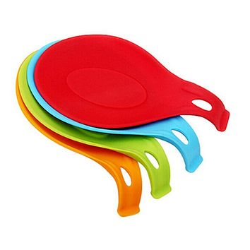New Silicone Insulation Mat Rest Spatula Holder Heat Resistant Placemat Fork Pad Tray Kitchen Tools Coaster