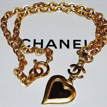 Authentic Chanel Vintage Gold Plate CC Mirror Heart Necklace Rare