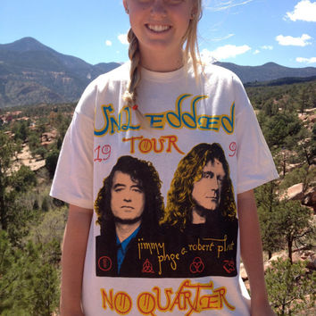 Vintage Led Zeppelin 1995 Tour Graphic Tee by VintageValleyGirls
