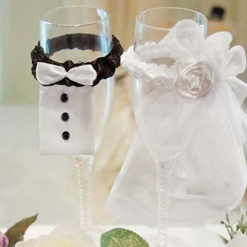 Free Shipping Accessory Decoration Wedding Supply New 1 Pair Bride and Groom Wine Glass Cups Champagne Glasses Cup Set