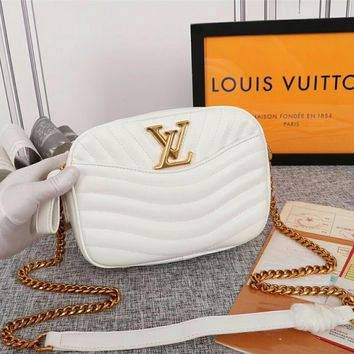 Kuyou Lv Louis Vuitton Gb29714 M53682 H24 Handbags Top Handles Louis Vuitton White New Wave Camera Bag 21.5x 15.5x 6.0 Cm