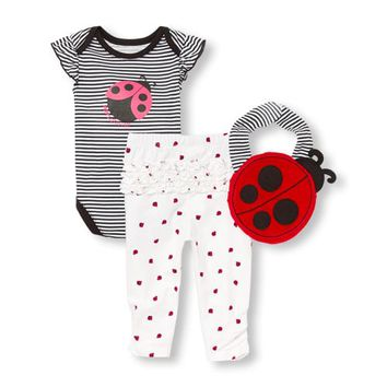 Baby Girls 'Daddy's Little Ladybug' Bodysuit Bib And Leggings 3-Piece Playwear Set