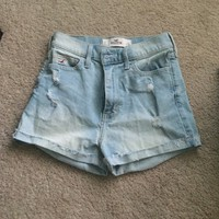 Hollister high waisted shorts