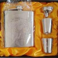 Luxury Hip Flask 7oz set Portable Stainless Steel Flagon Wine Bottle Gift Box Pocket Flask Russian Flagon [8833670540]