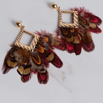 Metallic Post Back Feather Earrings in Gold
