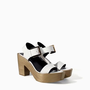 LEATHER BLOCK WEDGE WITH BUCKLE