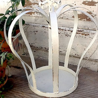 Iron Crown Garden Decor Royal Distressed  And Chippy Shabby Chic White
