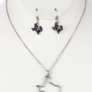 Aged Finish  State Of Texas  Cutout Hammered Link Necklace Earring Set