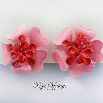Vintage Hot Pink 50s Flower Clip Earrings, Wedding Jewelry Fashion