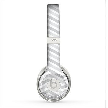 The Subtle Wide White & Gray Chevron Skin for the Beats by Dre Solo 2 Headphones