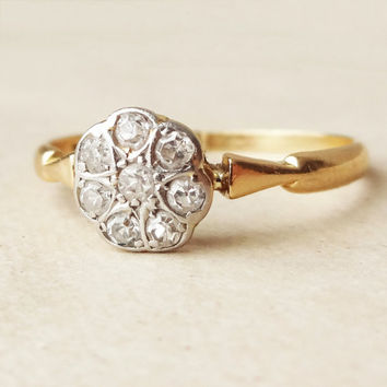 Art Deco Diamond Daisy Ring, Antique Diamond Platinum and 18k Gold Engagement Ring Approx Size US 6.75