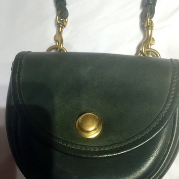 Rare Hunter Green Leather Authentic Coach Coin Purse, Brass Button Closure, 1980's, Made in the USA, Excellent Condition.