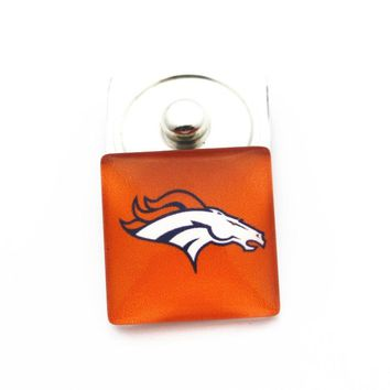 Newest 10pcs/lot 20mm square Denver Broncos football glass Snap Buttons Charms Fit Snap Bracelet Pendant DIY Jewelry