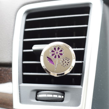 Essential Oil Car Air Freshener Diffuser - Daisy model with 5ml Eucalyptus Oil