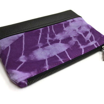 Violet Shibori Clutch, Hand Dyed Purse, Purple Shibori Bag, Zippered Pouch, Small Clutch Purse, Hand Dyed Pouch, Purple Clutch