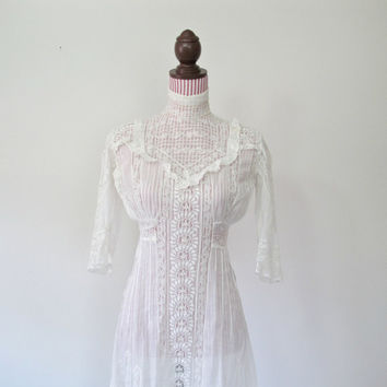 Antique Dress / Edwardian / Irish Lace / 1910 Era / High Collar / Garden Party / BEAUTIFUL