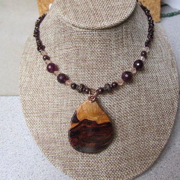 Genuine Garnet Beaded Necklace with Rare Khamphi Rosewood Pendant January Birthstone