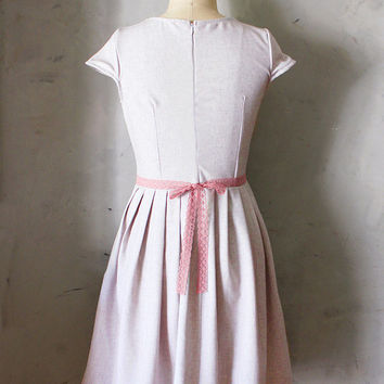 LILAC BOUQUET - Heather pink linen dress with pockets // rose lace belt bow // pleated skirt // bridesmaid dress // vintage inspired