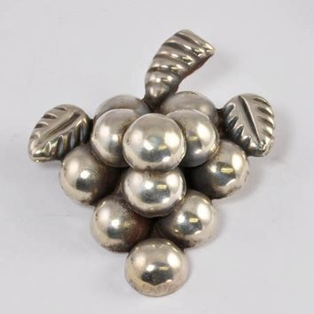 Vintage Sterling Mexican Pin - Grapes - C1920s