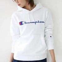 Champion embroider the Champion embroidered blouses for men and women in loose hoodie