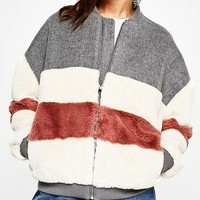 Color Block Faux Fur Panel Long Sleeve Bomber Jacket